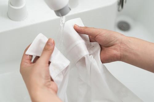 いくら洗濯してもシャツの襟の汚れが落ちません | お洗濯・お ...